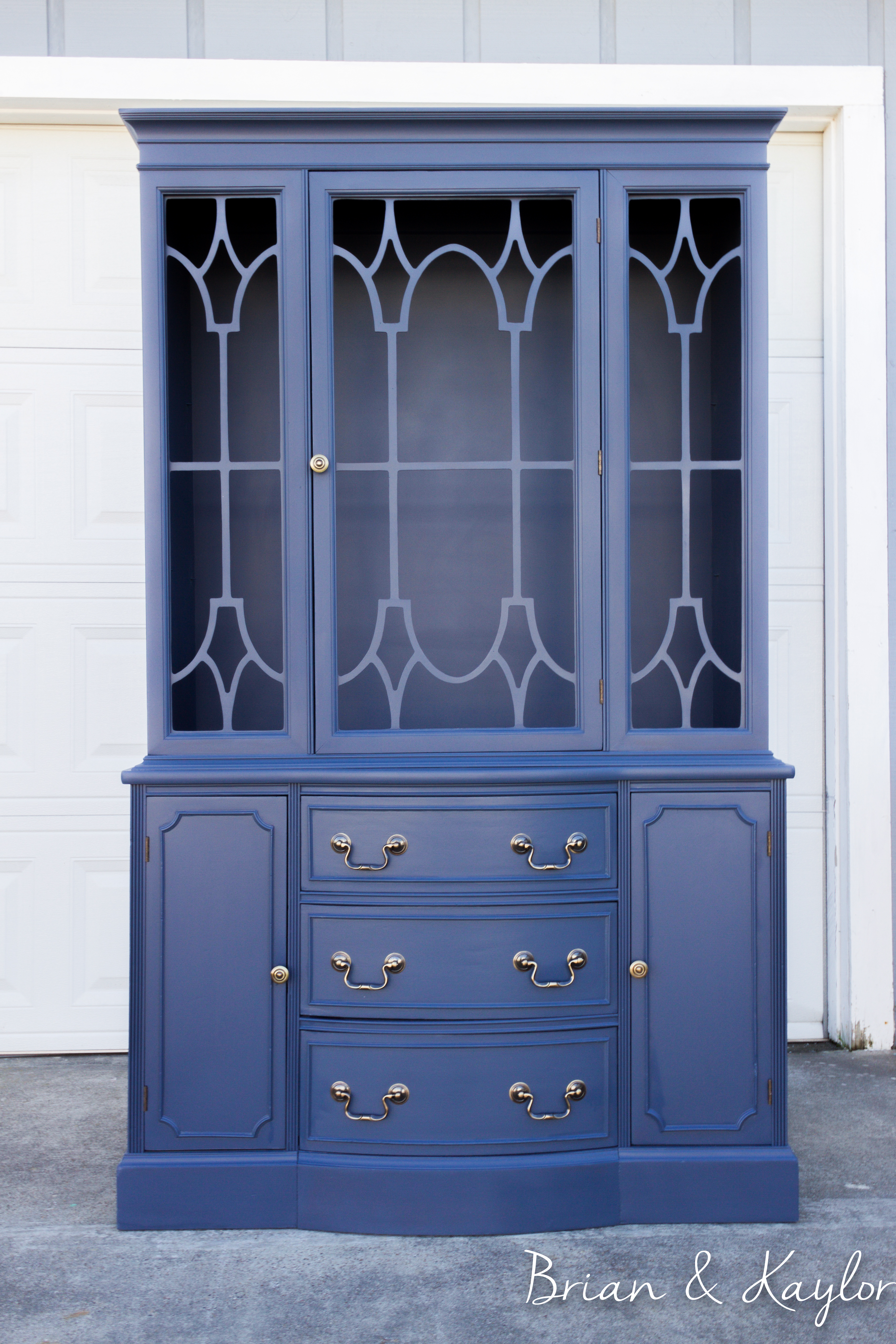 Naval China Cabinet  Www.brianandkaylor.com #brianandkaylor  #paintedfurniture